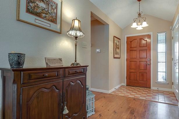 3710 Drakestone Avenue, Rowlett, TX - USA (photo 5)