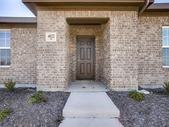 4022 Meadow Canyon Drive, Lancaster, TX - USA (photo 3)