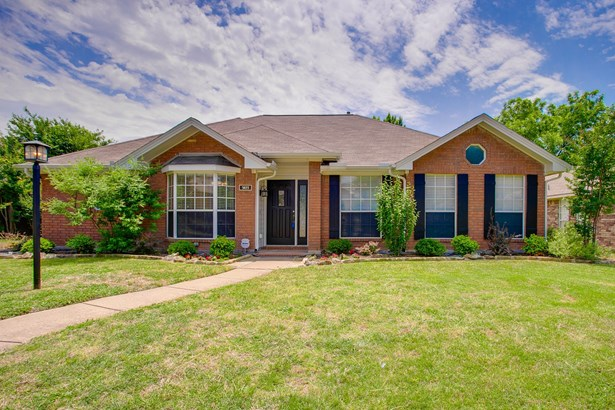 1411 Mapleview, Carrollton, TX - USA (photo 1)