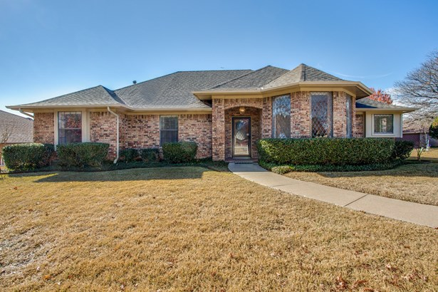 2216 Carmel Drive, Carrollton, TX - USA (photo 1)