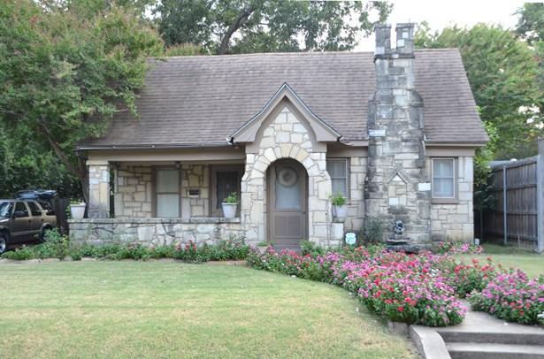 5223 Maple Springs Boulevard, Dallas, TX - USA (photo 1)