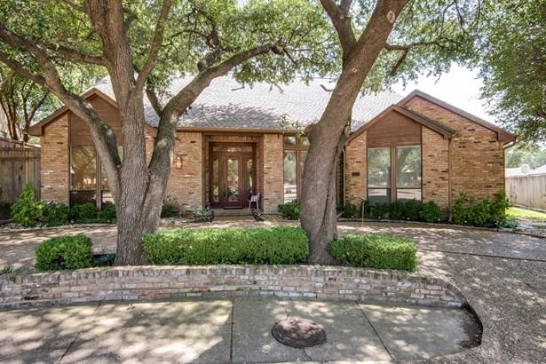 5604 Plumtree Drive, Dallas, TX - USA (photo 2)