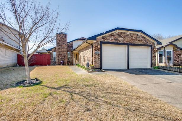 2004 Gallante Drive, Carrollton, TX - USA (photo 2)