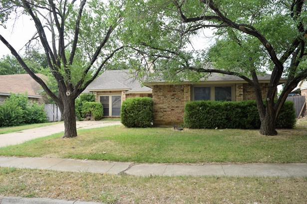 3309 Forest Creek Drive, Fort Worth, TX - USA (photo 2)