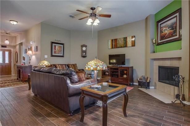 4609 Fox Sedge Lane, Denton, TX - USA (photo 4)