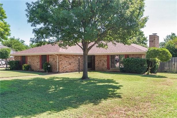 374 Highland Hills Lane, Highland Village, TX - USA (photo 1)