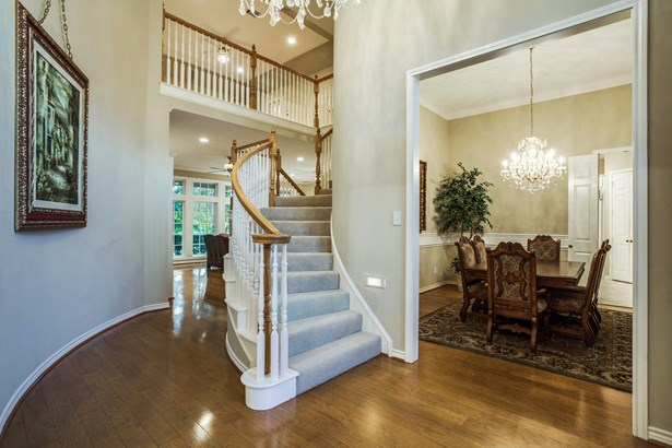 3009 Oak Point Drive, Garland, TX - USA (photo 2)