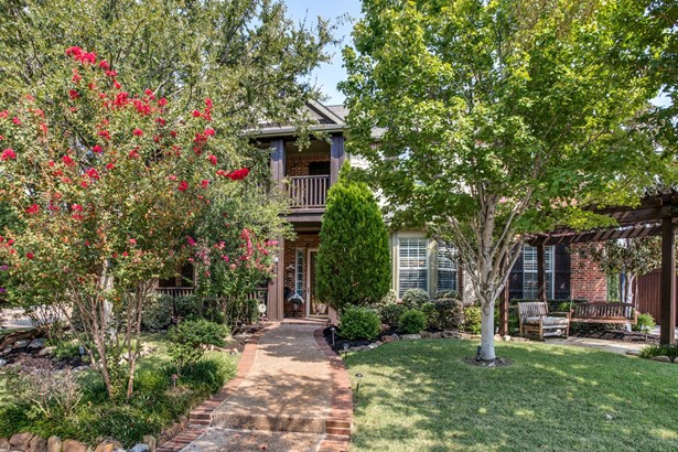 1201 Queen Guinevere Drive, Lewisville, TX - USA (photo 1)
