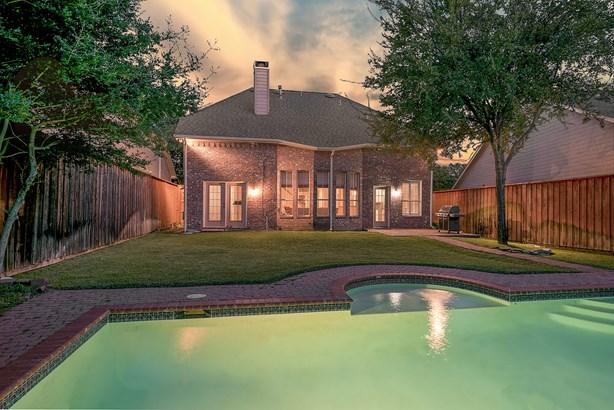 7957 Glade Creek Court, Dallas, TX - USA (photo 4)