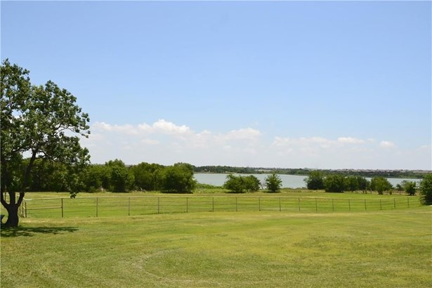 575 Doe Creek Road, Little Elm, TX - USA (photo 2)