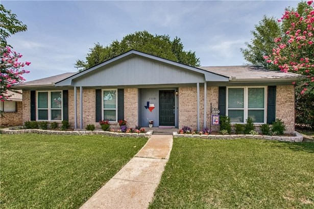 1110 Woodland Park Drive, Garland, TX - USA (photo 2)
