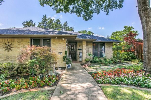702 S Forest Lane, Duncanville, TX - USA (photo 2)