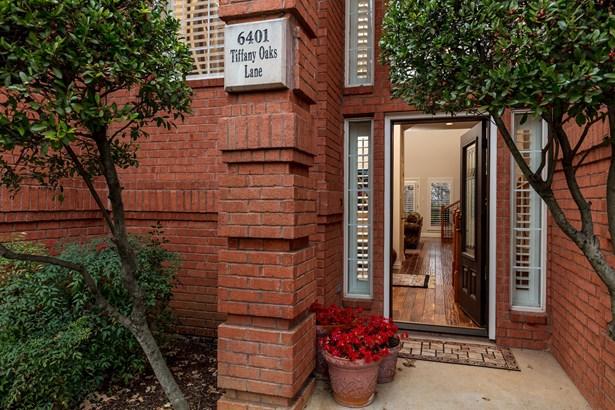 6401 Tiffany Oaks Lane, Arlington, TX - USA (photo 2)