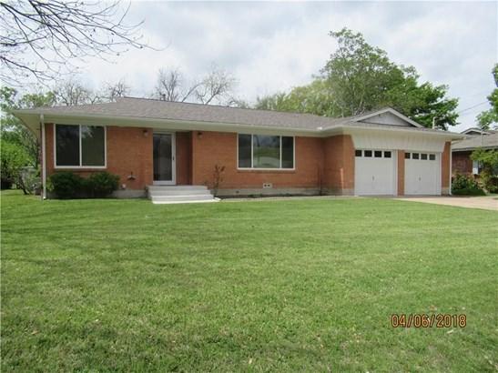 1202 Usher Street, Benbrook, TX - USA (photo 1)