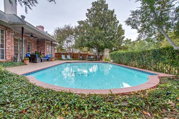7526 Wellesley Avenue, Garland, TX - USA (photo 2)