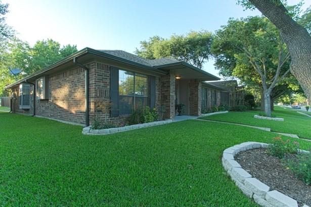 2509 Idlewood Drive, Garland, TX - USA (photo 2)