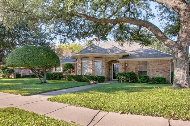3305 Ridge Oak Drive, Garland, TX - USA (photo 2)