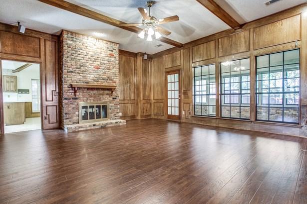 3305 Ridge Oak Drive, Garland, TX - USA (photo 3)