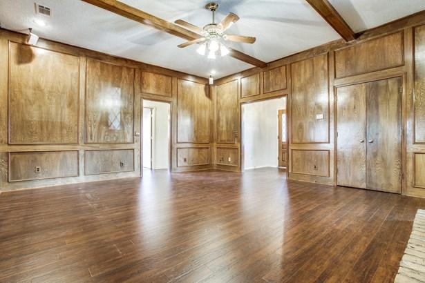 3305 Ridge Oak Drive, Garland, TX - USA (photo 5)