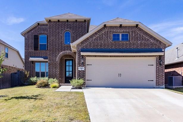 6005 Warmouth, Fort Worth, TX - USA (photo 1)