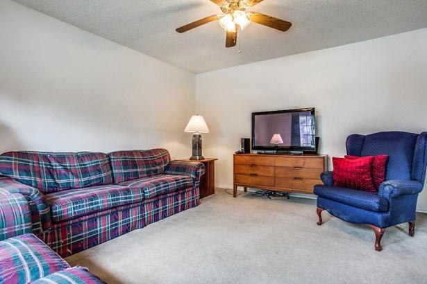 1606 Mcdonald Drive, Garland, TX - USA (photo 4)