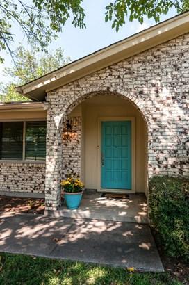 7813 Owen Drive, North Richland Hills, TX - USA (photo 4)