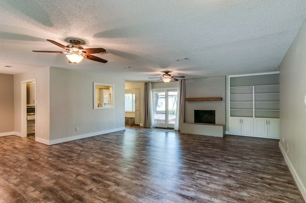 7813 Owen Drive, North Richland Hills, TX - USA (photo 5)