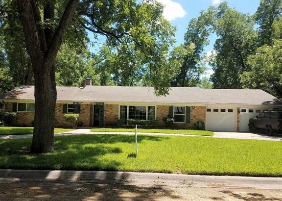 14 Shadowood Lane, Gainesville, TX - USA (photo 1)