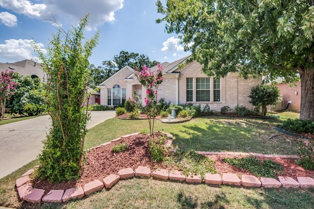 1215 Wentwood Drive, Corinth, TX - USA (photo 1)