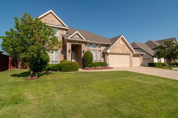 2719 Cliffwood Drive, Grapevine, TX - USA (photo 2)