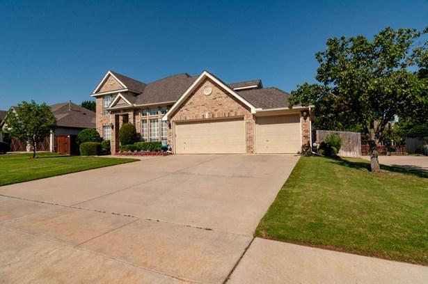 2719 Cliffwood Drive, Grapevine, TX - USA (photo 3)