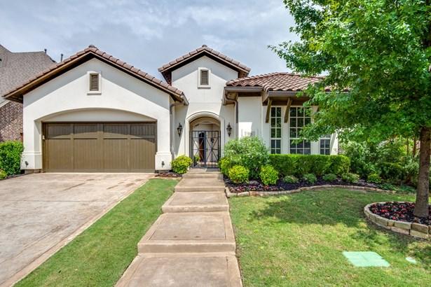 723 Brookstone Drive, Irving, TX - USA (photo 1)