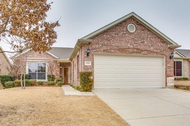 3905 Pineoak Lane, Denton, TX - USA (photo 1)