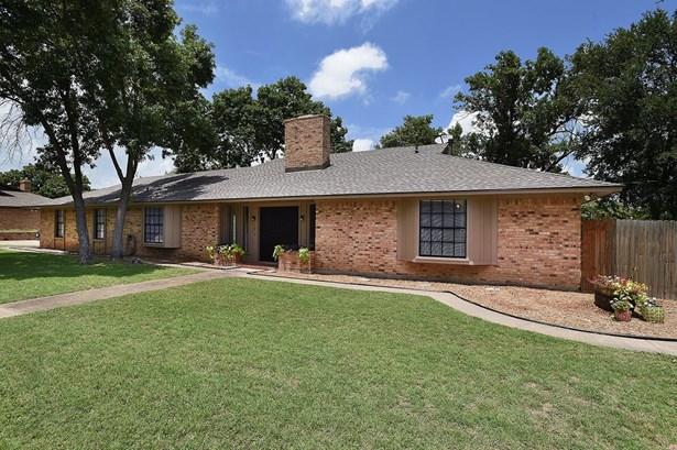 701 Cherry Street, Sanger, TX - USA (photo 1)
