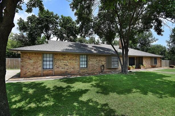701 Cherry Street, Sanger, TX - USA (photo 2)