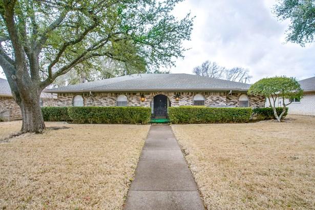 319 Woodcrest Drive, Richardson, TX - USA (photo 1)