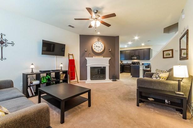 904 Swan Ridge Drive, Sherman, TX - USA (photo 5)