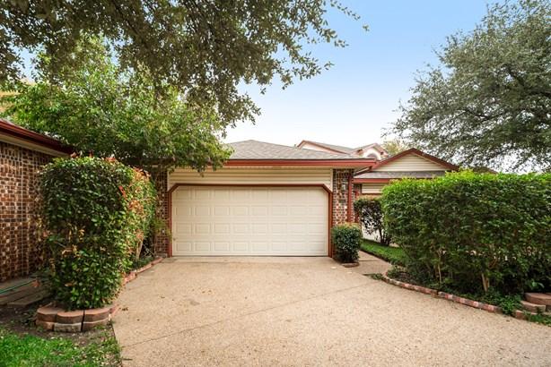 2992 Crystal Springs Lane, Richardson, TX - USA (photo 1)