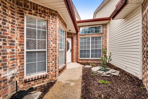 2992 Crystal Springs Lane, Richardson, TX - USA (photo 3)