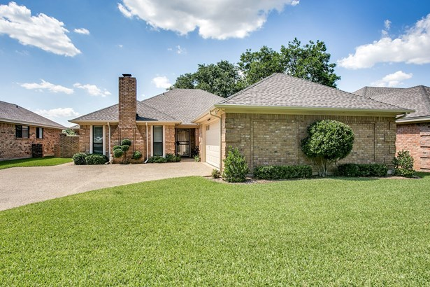 4852 Courtside Drive, Fort Worth, TX - USA (photo 2)