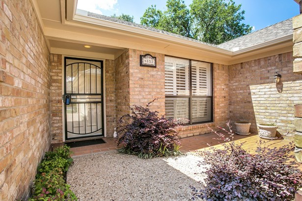 4852 Courtside Drive, Fort Worth, TX - USA (photo 3)