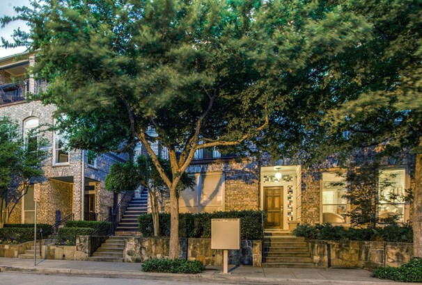 2208 Allen Street, Dallas, TX - USA (photo 2)