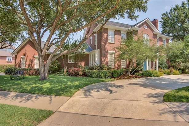 1454 Cottonwood Valley Court, Irving, TX - USA (photo 2)