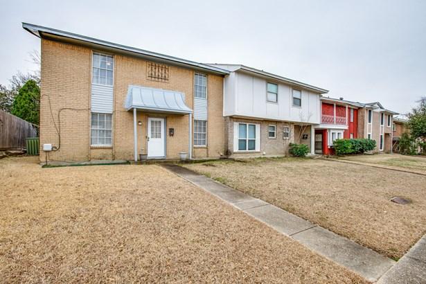 2215 Sheraton Drive, Carrollton, TX - USA (photo 3)