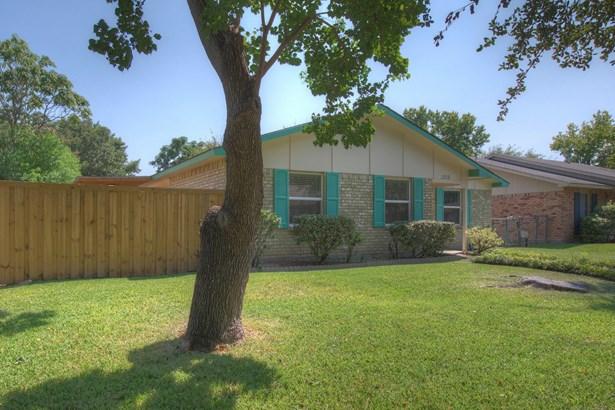 2818 Fern Glen Drive, Garland, TX - USA (photo 3)