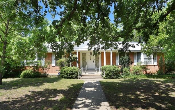 2801 Longfellow Lane, Denton, TX - USA (photo 2)