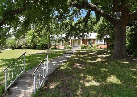 2801 Longfellow Lane, Denton, TX - USA (photo 3)