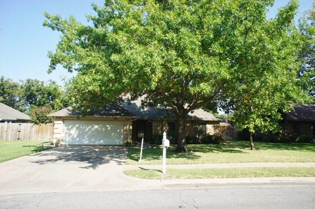 204 Cindy Street, Keller, TX - USA (photo 1)
