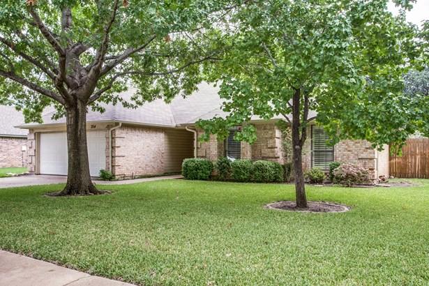 204 Cindy Street, Keller, TX - USA (photo 2)