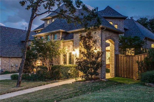 1031 Lavon Drive, Grapevine, TX - USA (photo 3)